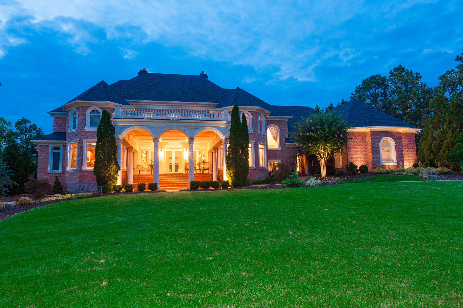 Tek Ailelik Ev için Satış at Extraordinary European Elegance in Country Club of the South 1005 Leadenhall Street Alpharetta, Georgia, 30022 Amerika Birleşik Devletleri