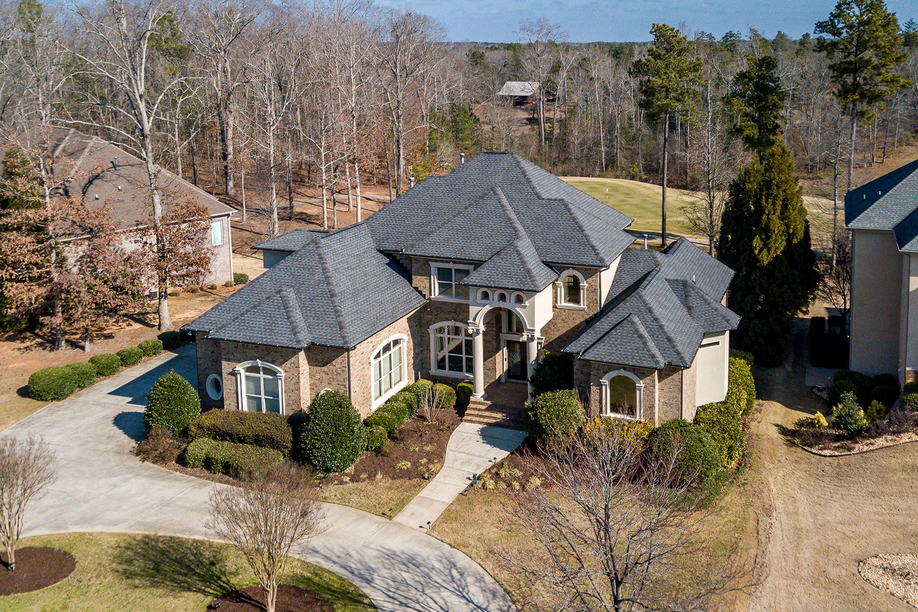 Single Family Homes for Active at All-brick Home Features Luxe Interiors That WOW 186 Crystal Lake Boulevard Hampton, Georgia 30028 United States