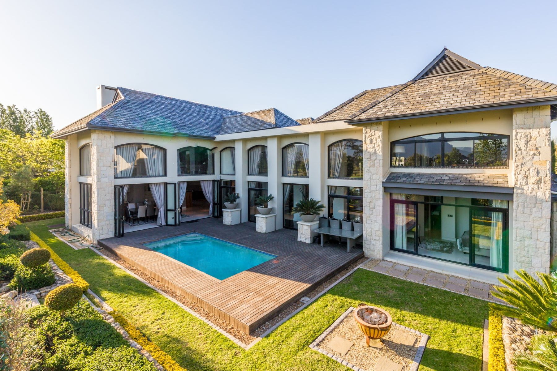 Single Family Home for Sale at Pearl Valley at Val de Vie Paarl, Western Cape, 7646 South Africa