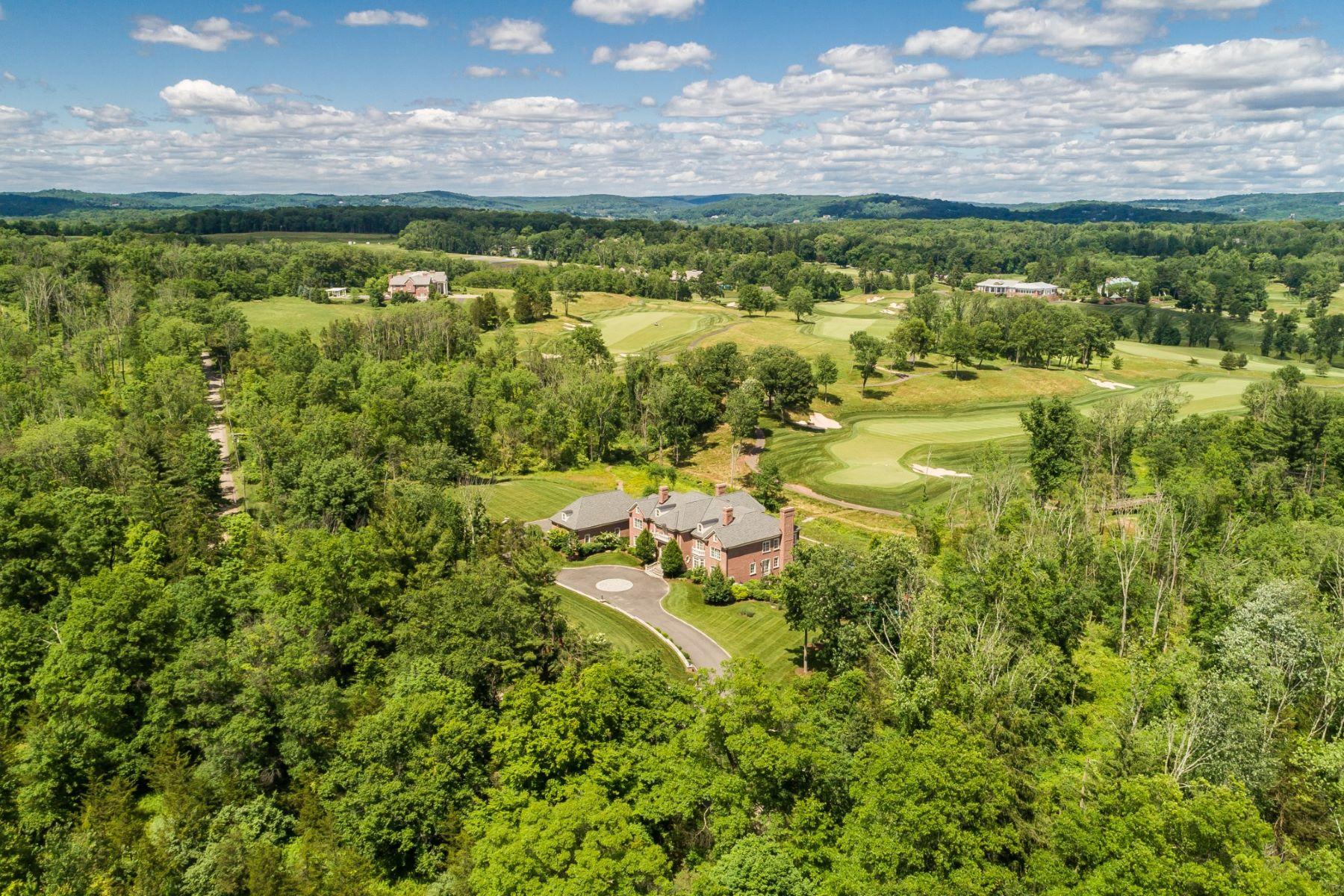 Villa per Vendita alle ore Private Estate Overlooking Golf Course 2030 Larger Cross Road, Bedminster, New Jersey 07921 Stati Uniti