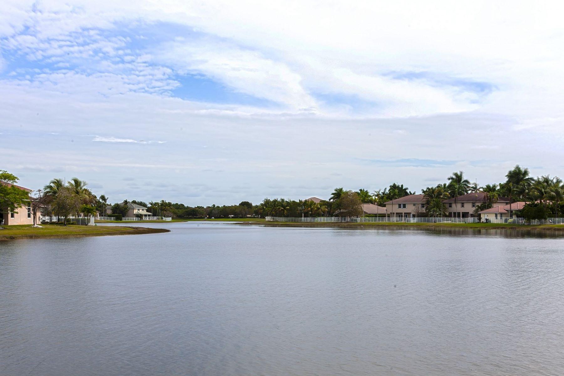 단독 가정 주택 용 매매 에 941 gulfstream Ct Weston, 플로리다, 33327 미국