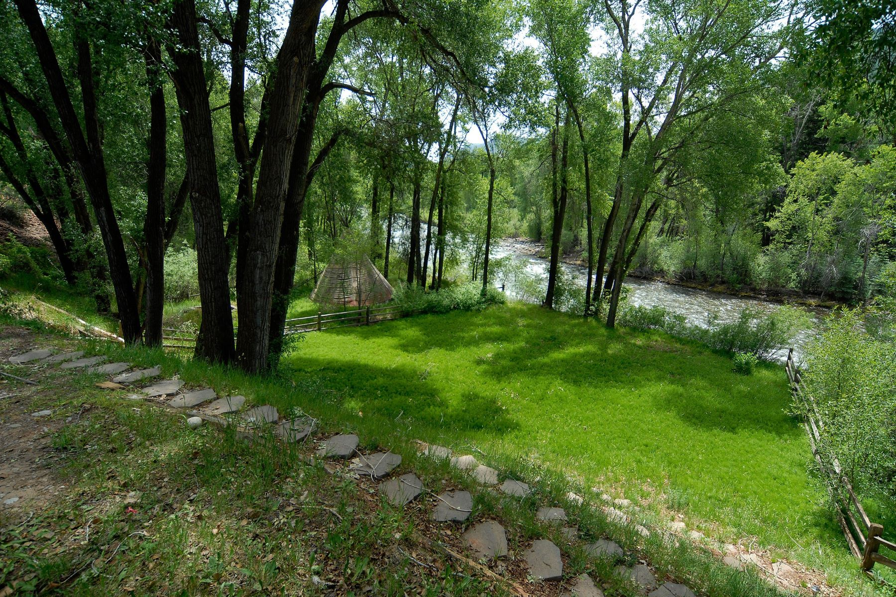 Land for Active at Samuelson Lot 12 80 River Bend Road Snowmass, Colorado 81654 United States