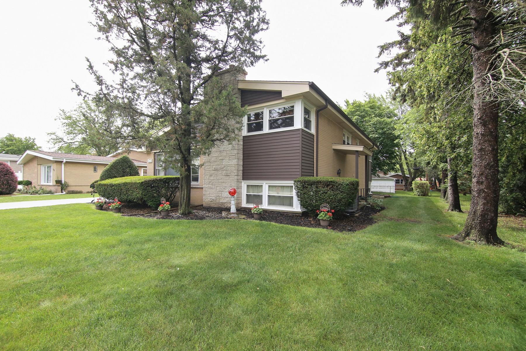 一戸建て のために 売買 アット Wonderful Family Home 314 Warren Road Glenview, イリノイ, 60025 アメリカ合衆国