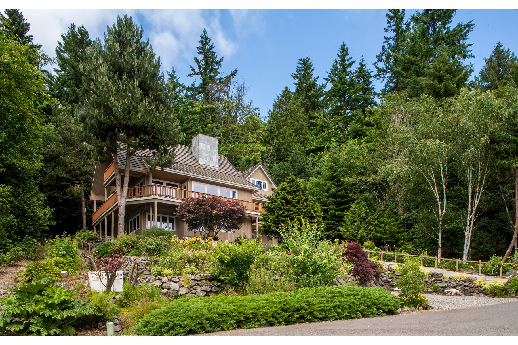 Single Family Home for Sale at Exceptional View Home 7688 NE Chief Wahalchu Rd Indianola, Washington 98342 United States