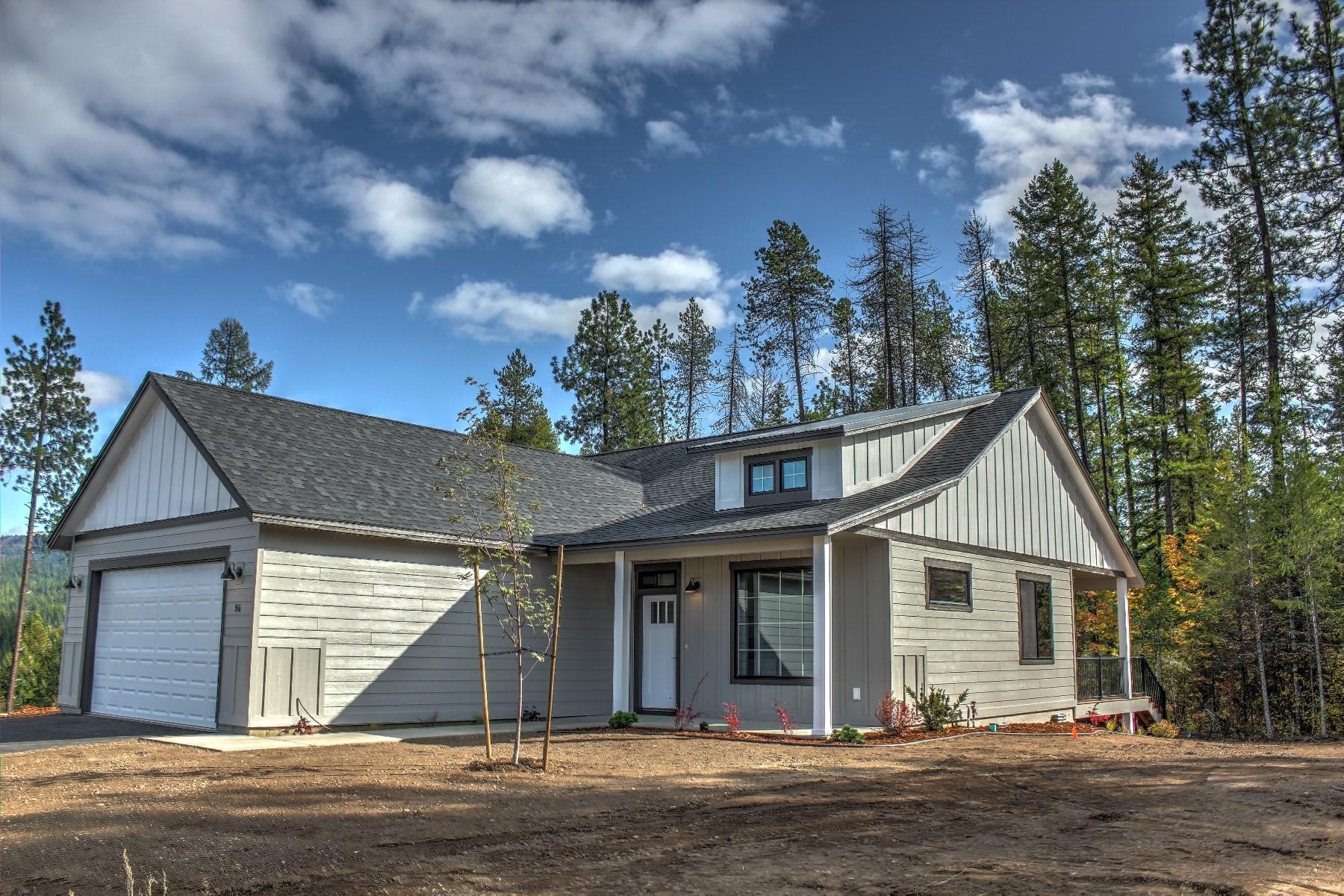 Single Family Homes por un Venta en 76 Rimrock Ct Priest River, Idaho 83856 Estados Unidos