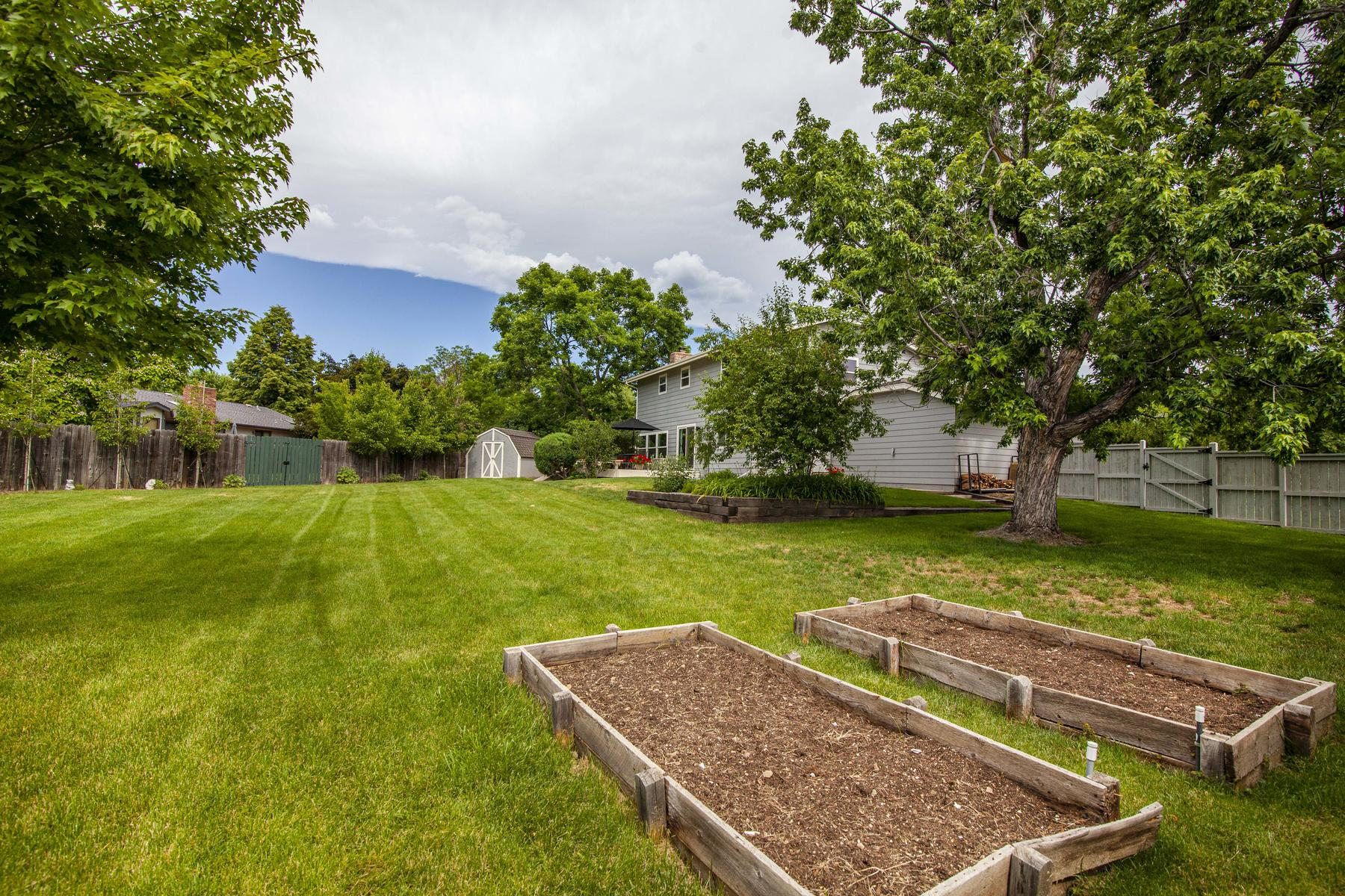 Single Family Homes for Active at Beautiful And Spacious Remodeled Orange Orchard Gem 4302 Apple Wy Boulder, Colorado 80301 United States