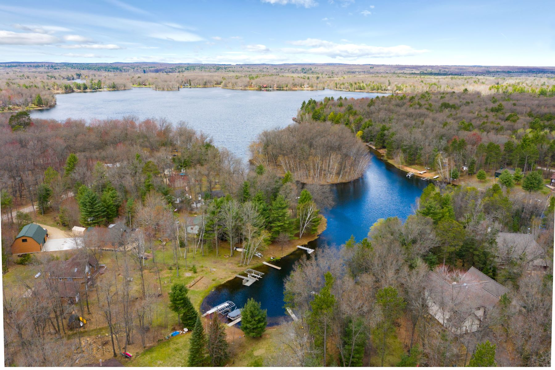 Single Family Homes for Active at W1278 Deerpath Lane Keshena, Wisconsin 54135 United States