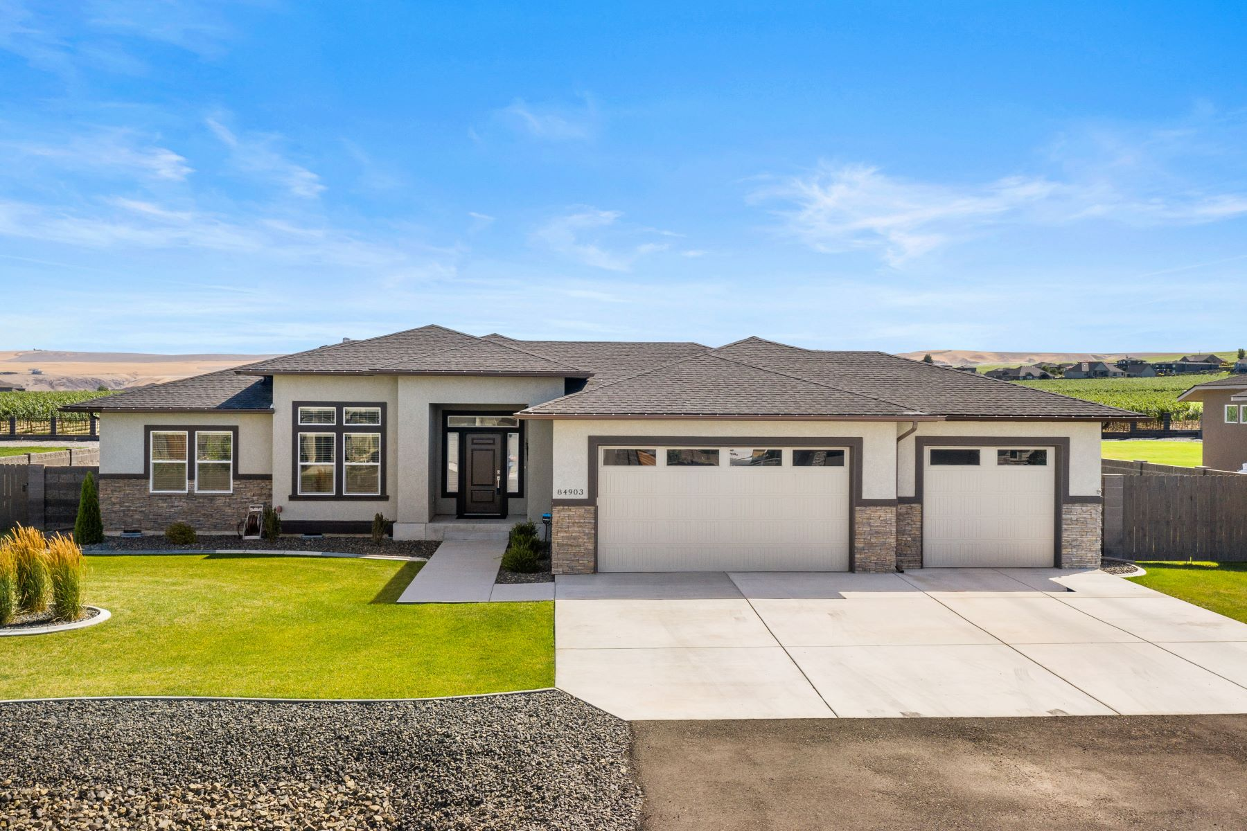 Single Family Homes for Sale at Serenity, Privacy,Sunsets & Views 84903 E Sagebrush Road Kennewick, Washington 99338 United States