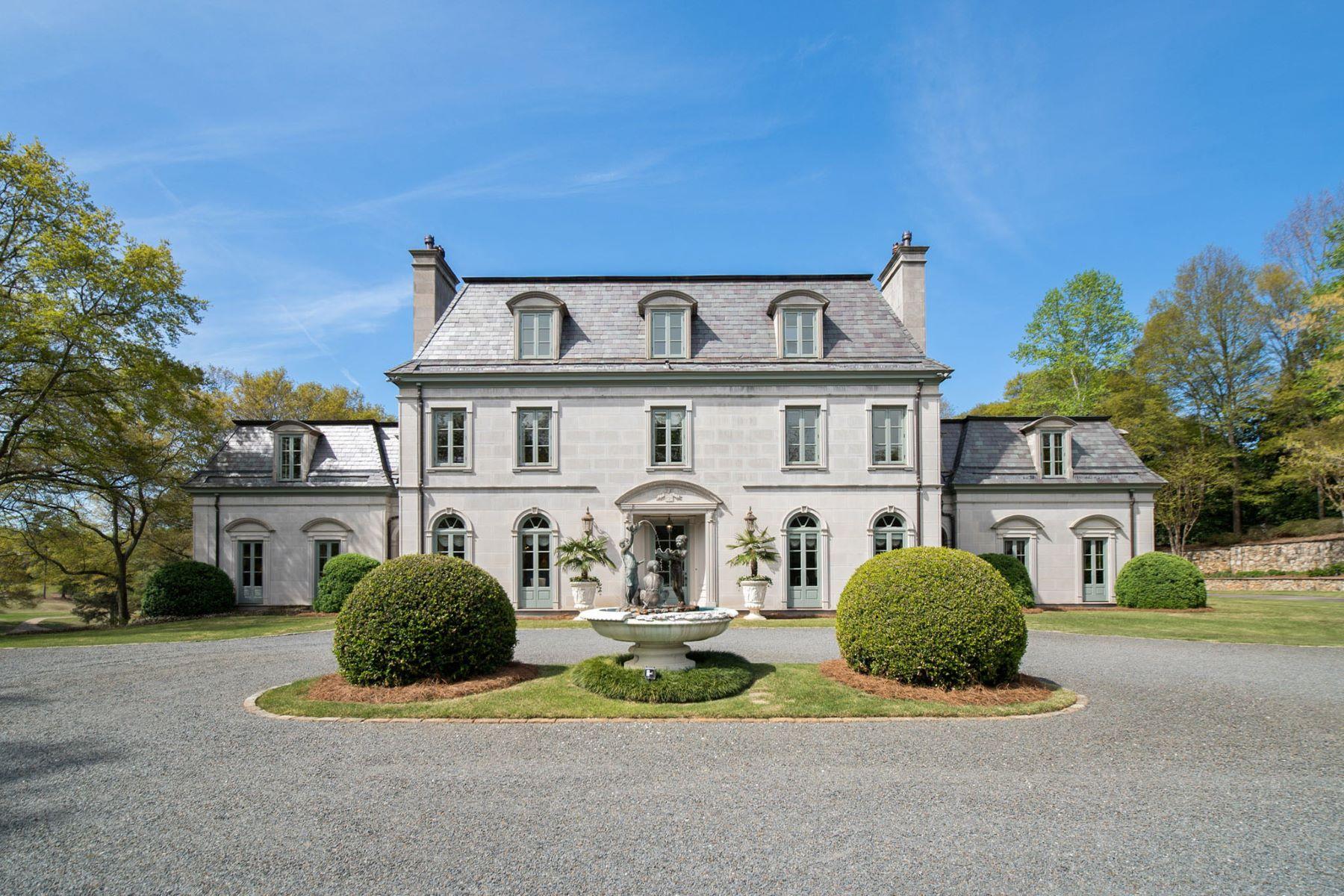 Vivienda unifamiliar por un Venta en The Finest Home in The Upstate 100 Chapman Place Greenville, Carolina Del Sur 29605 Estados Unidos