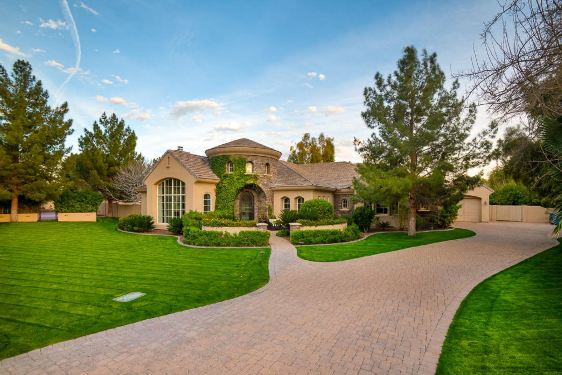 Single Family Homes for Active at Camelview 5421 E Montecito Ave Phoenix, Arizona 85018 United States