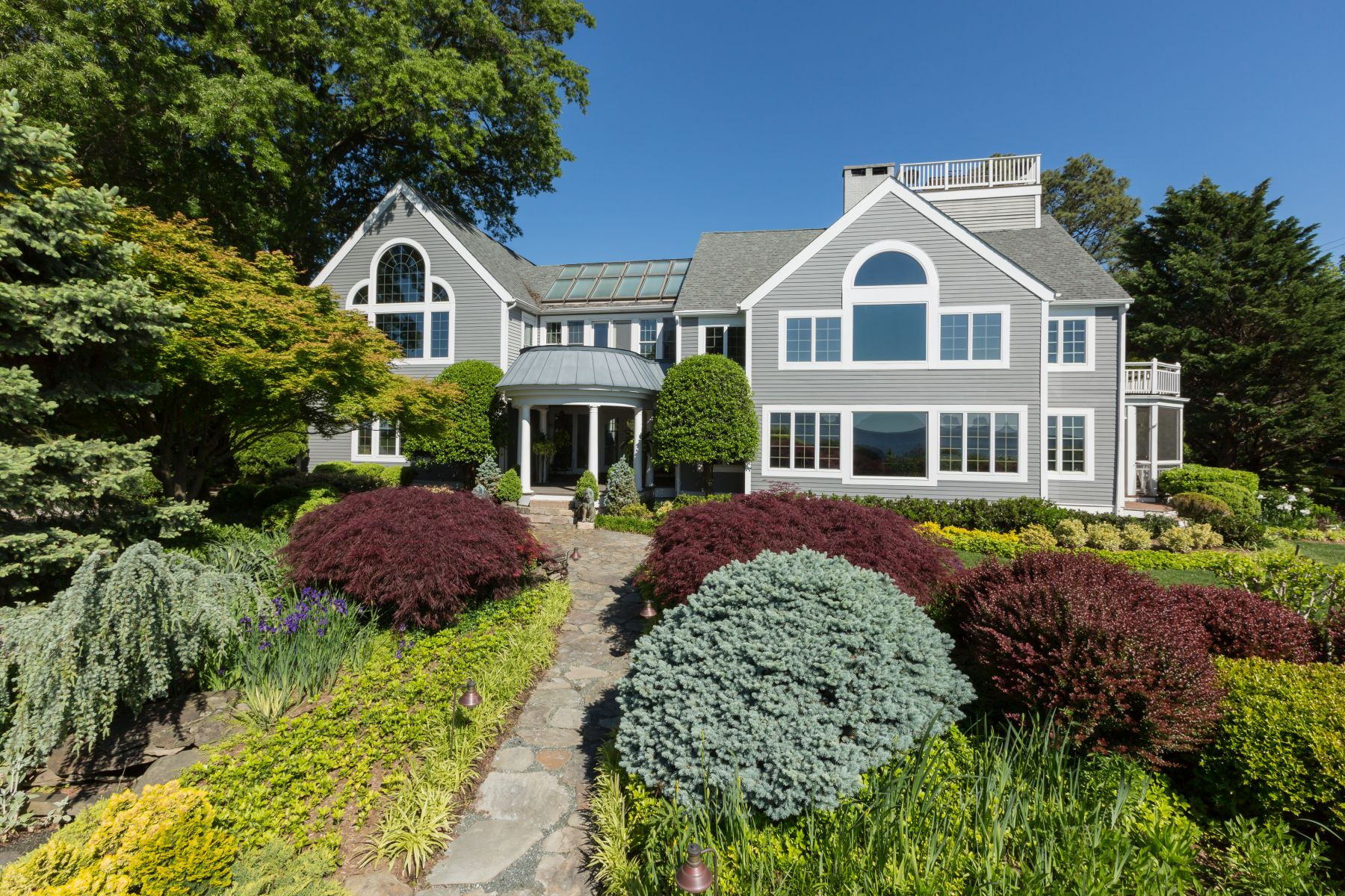 Single Family Home for Sale at 39 Bay Drive, Annapolis Annapolis, Maryland, 21403 United States