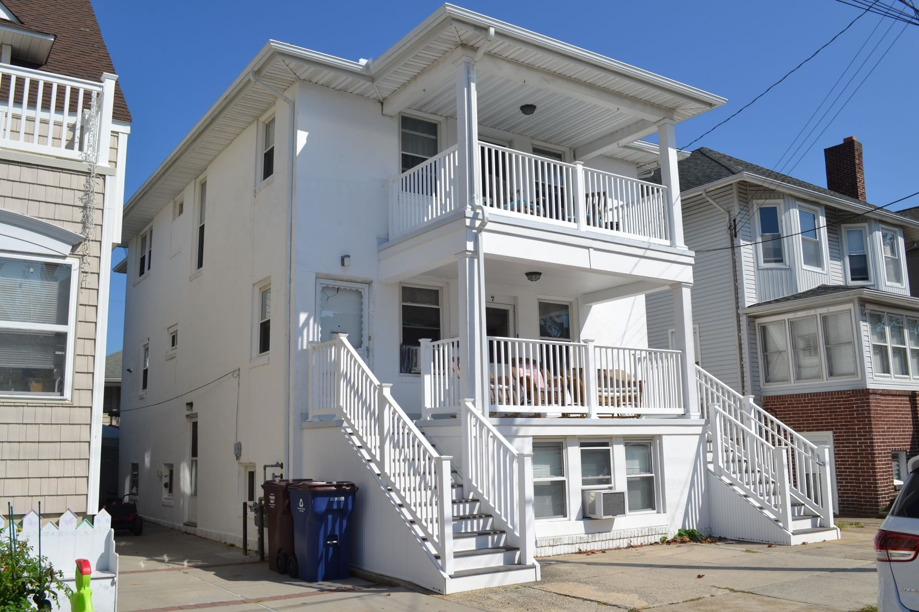 Duplex Homes for Sale at 7 S Buffalo Ave Ventnor, New Jersey 08406 United States