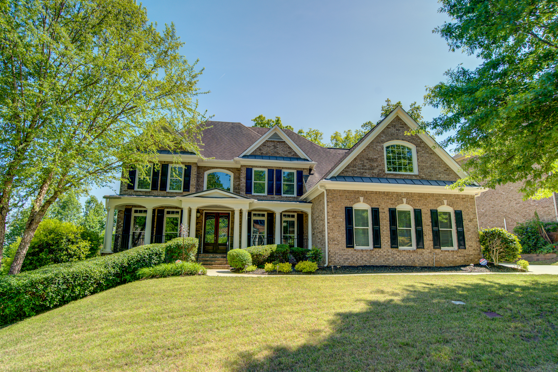 Single Family Homes for Active at Incredible Find in Beautiful Vinings Estates 1408 Oakridge View Drive Mableton, Georgia 30126 United States