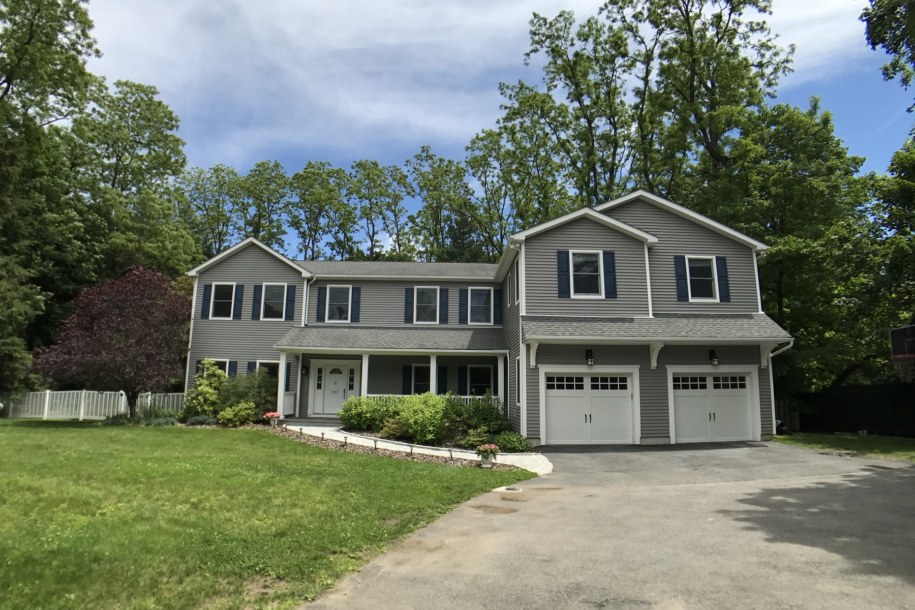 Single Family Home for Sale at Chappaqua Schools 332 Saw Mill River Road Millwood, New York 10546 United States