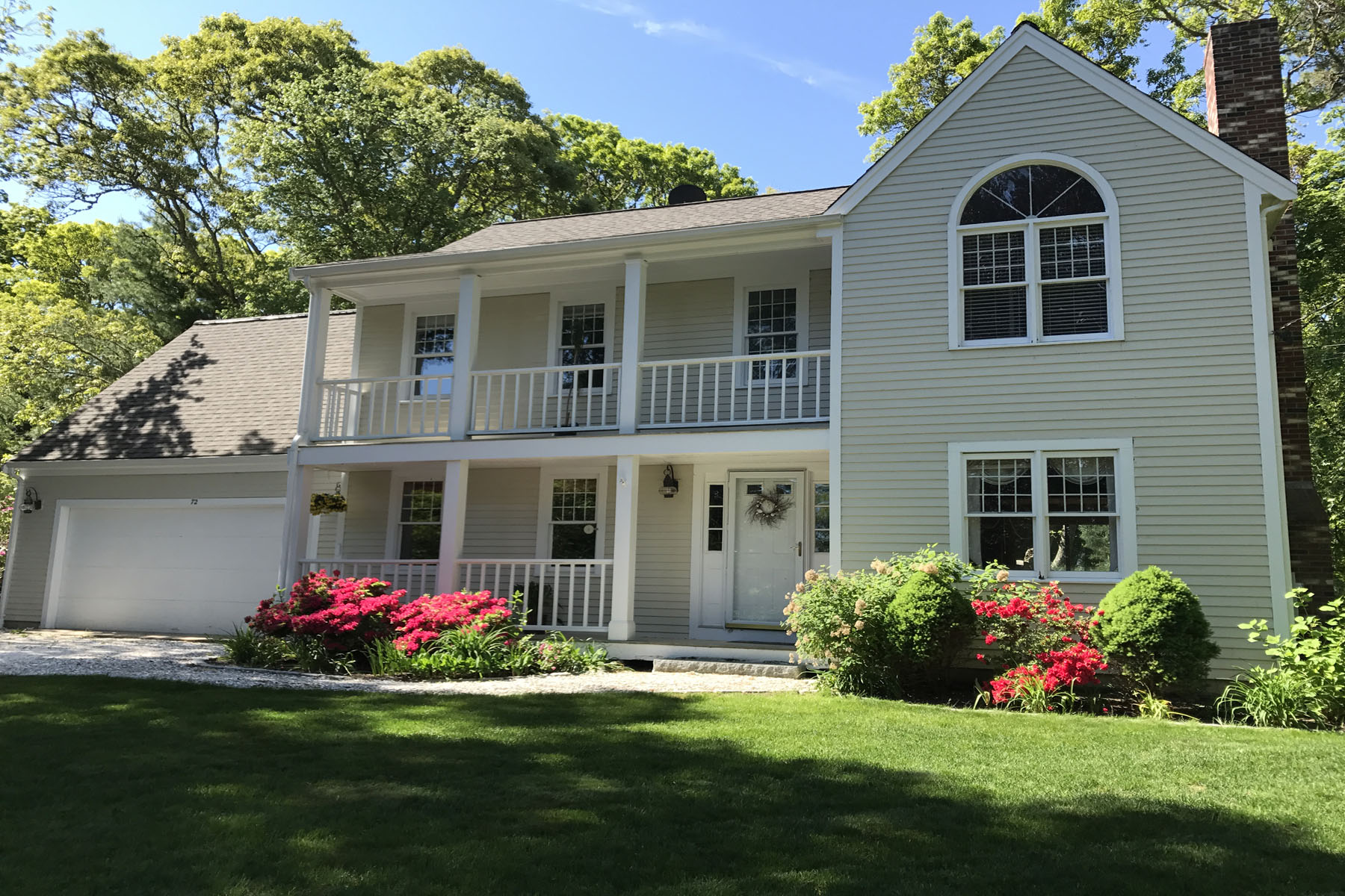 Single Family Home for Sale at GREAT HOME - GREAT LOCATION 72 Bay Road North Falmouth, Massachusetts, 02556 United States