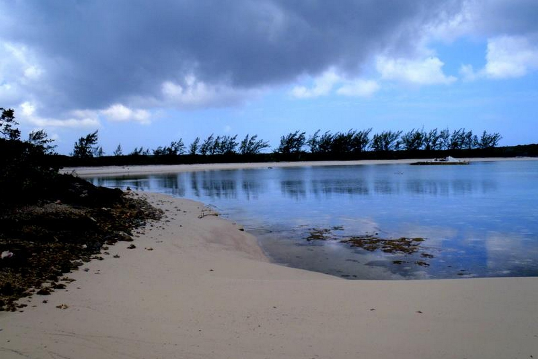 Additional photo for property listing at Little Harbour Acreage Other Long Island, Long Island Bahamas