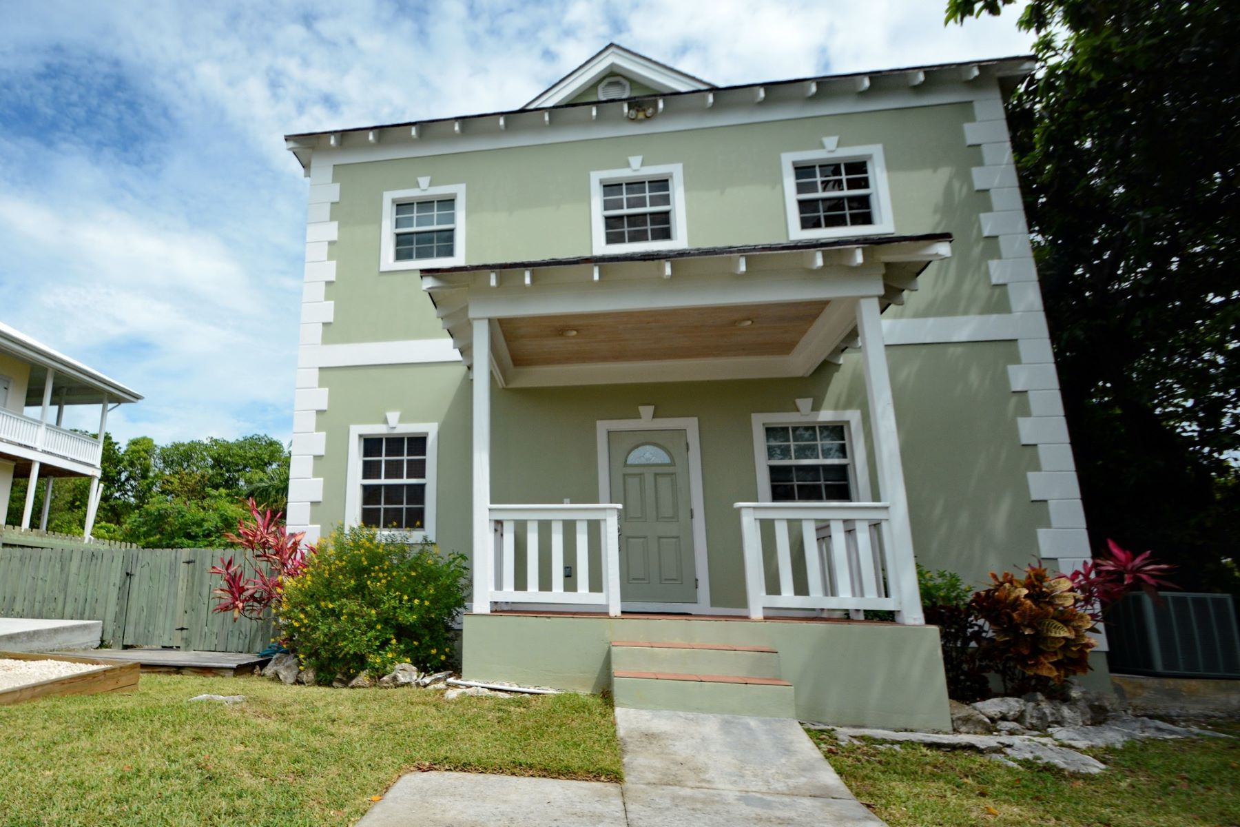 Single Family Home for Sale at Carroll House Sunrise Bay, Marsh Harbour, Abaco Bahamas