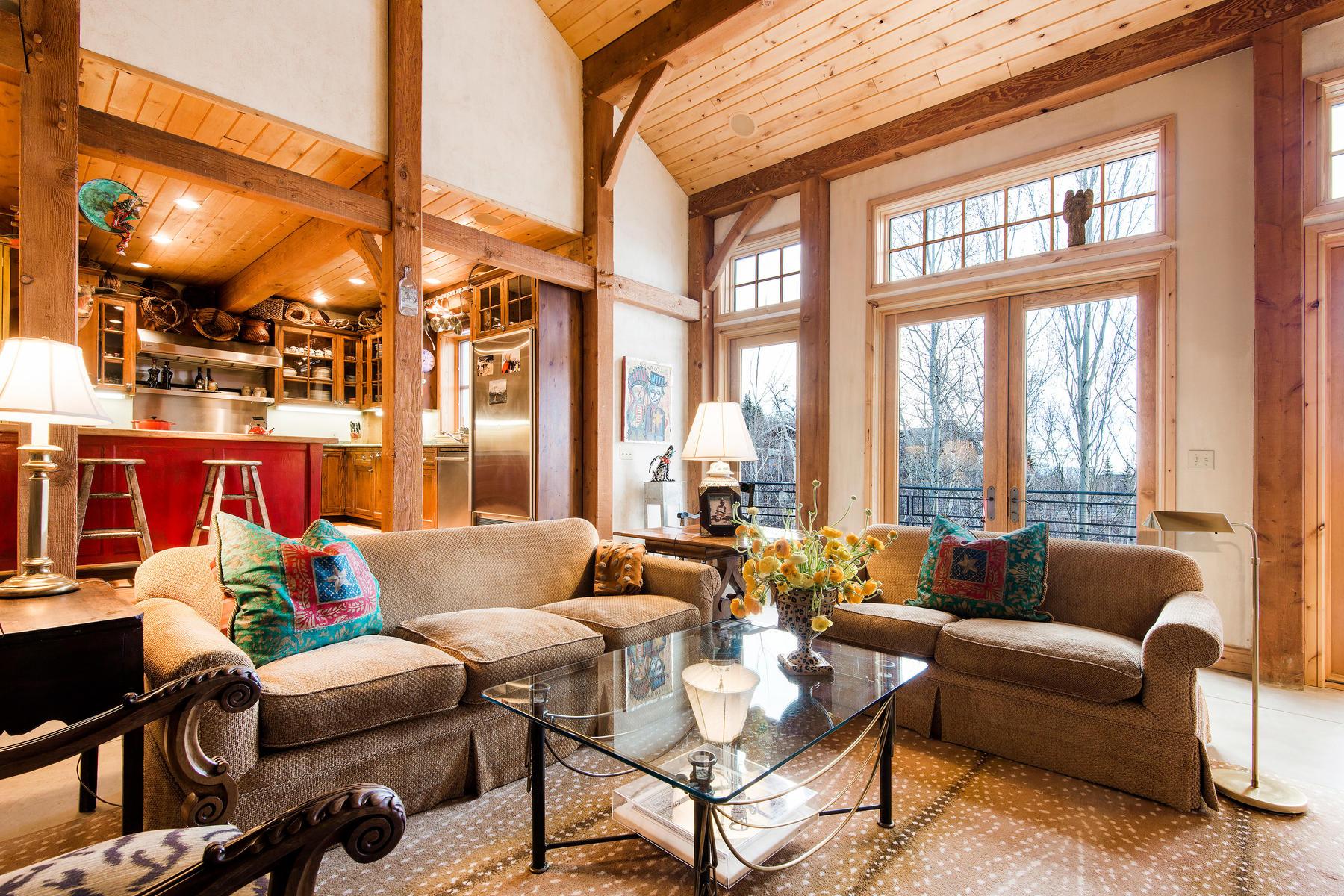 Einfamilienhaus für Verkauf beim A Beacon of Style for Nature Beauty Seekers 2456 Iron Mountain Dr, Park City, Utah, 84060 Vereinigte Staaten
