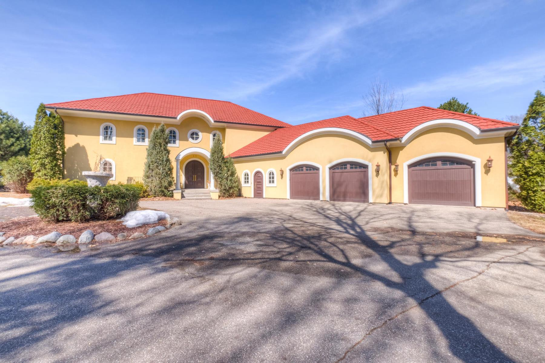 Single Family Homes للـ Sale في Beautiful Tuscan Style Home on Prime Sandy West-facing Lakeshore 30 Old Orchard Lane, Tonka Bay, Minnesota 55331 United States