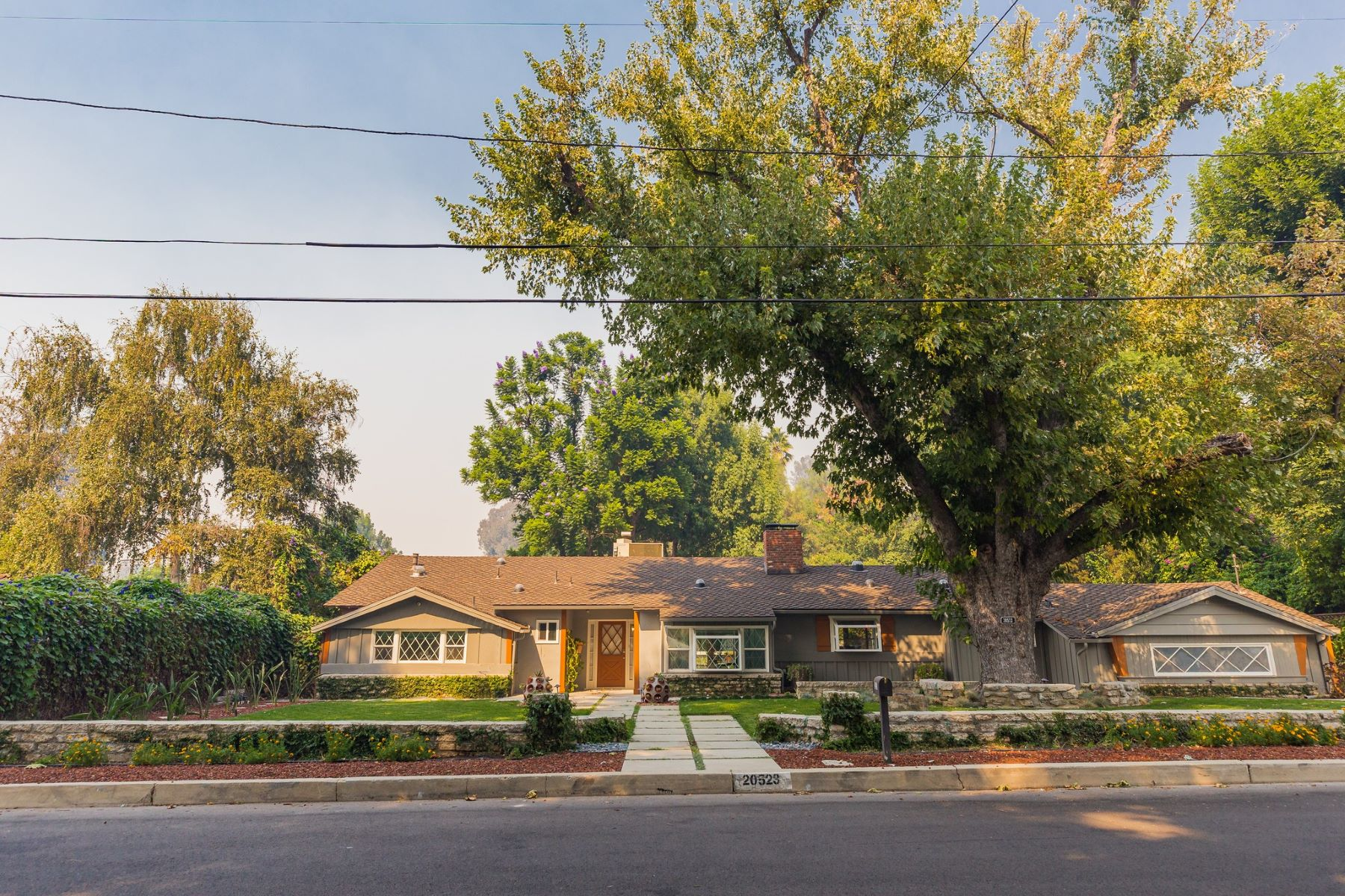 Single Family Homes for Sale at 20523 De Forest Street Woodland Hills, California 91364 United States