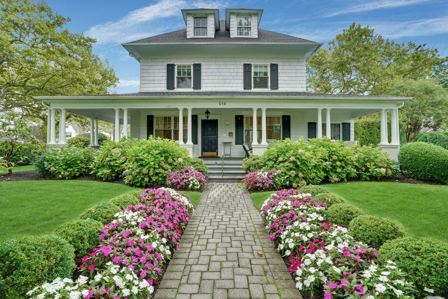 Property 为 出租 在 Spring Lake Colonial 219 Saint Clair Avenue, 斯普林莱克, 新泽西州 07762 美国