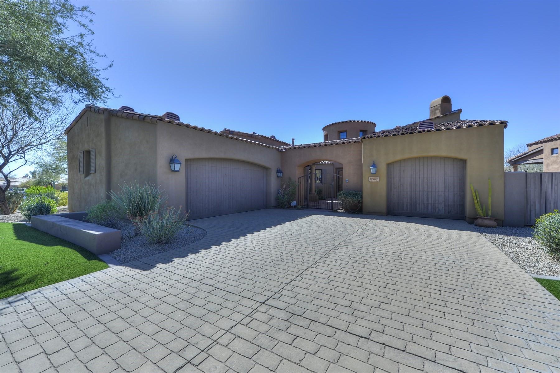 独户住宅 为 销售 在 Beautiful Grayhawk Retreat 8567 E Angel Spirit Dr, 斯科茨代尔, 亚利桑那州, 85255 美国