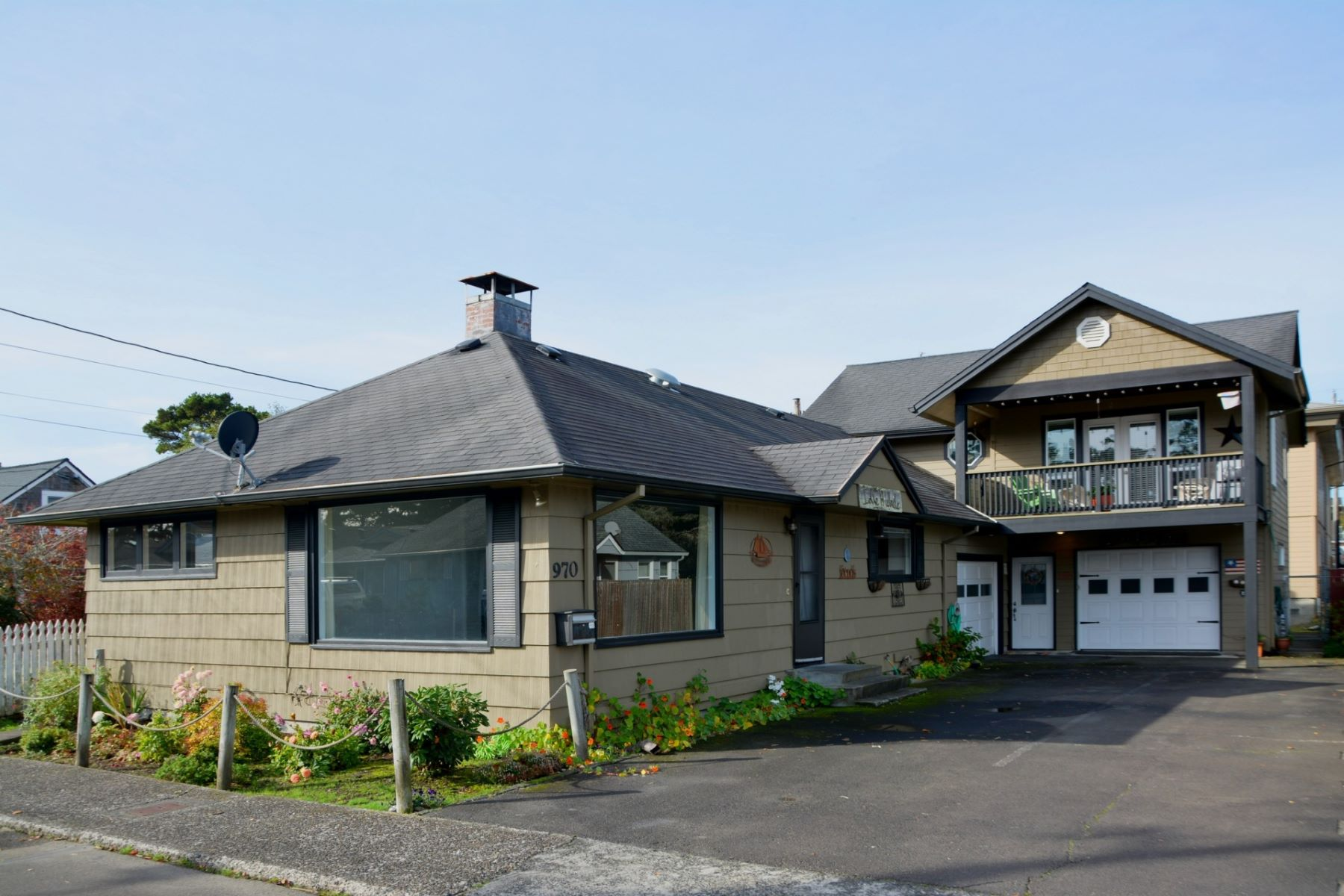 Multi-Family Homes pour l Vente à Multi-Family 970 S Edgewood St, Seaside, Oregon 97138 États-Unis