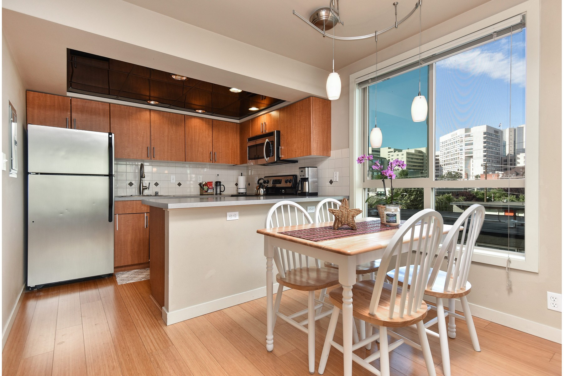 Condominium for Sale at First Hill Condo 905 Cherry St #402 Seattle, Washington 98104 United States