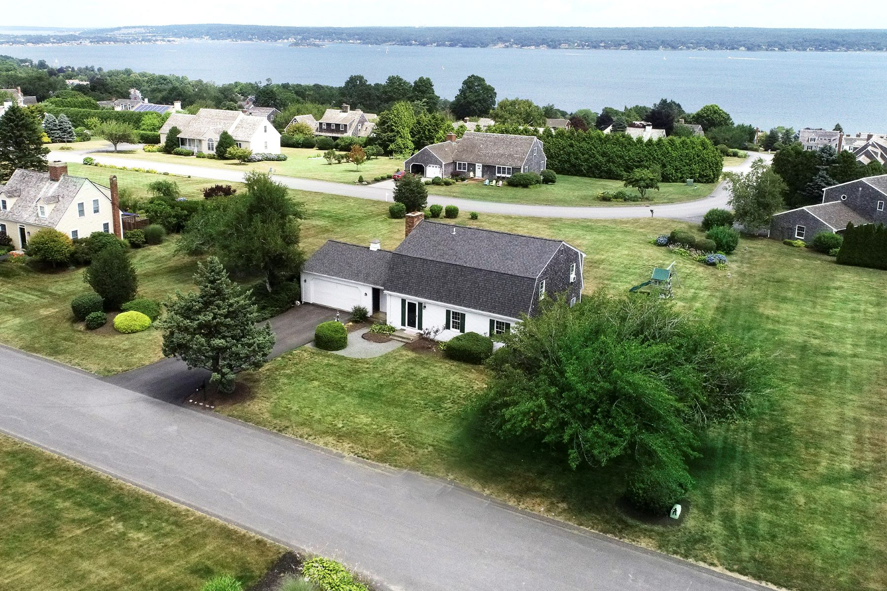 Single Family Homes for Sale at Sea Meadow Farm 34 Caiger Lane Portsmouth, Rhode Island 02871 United States