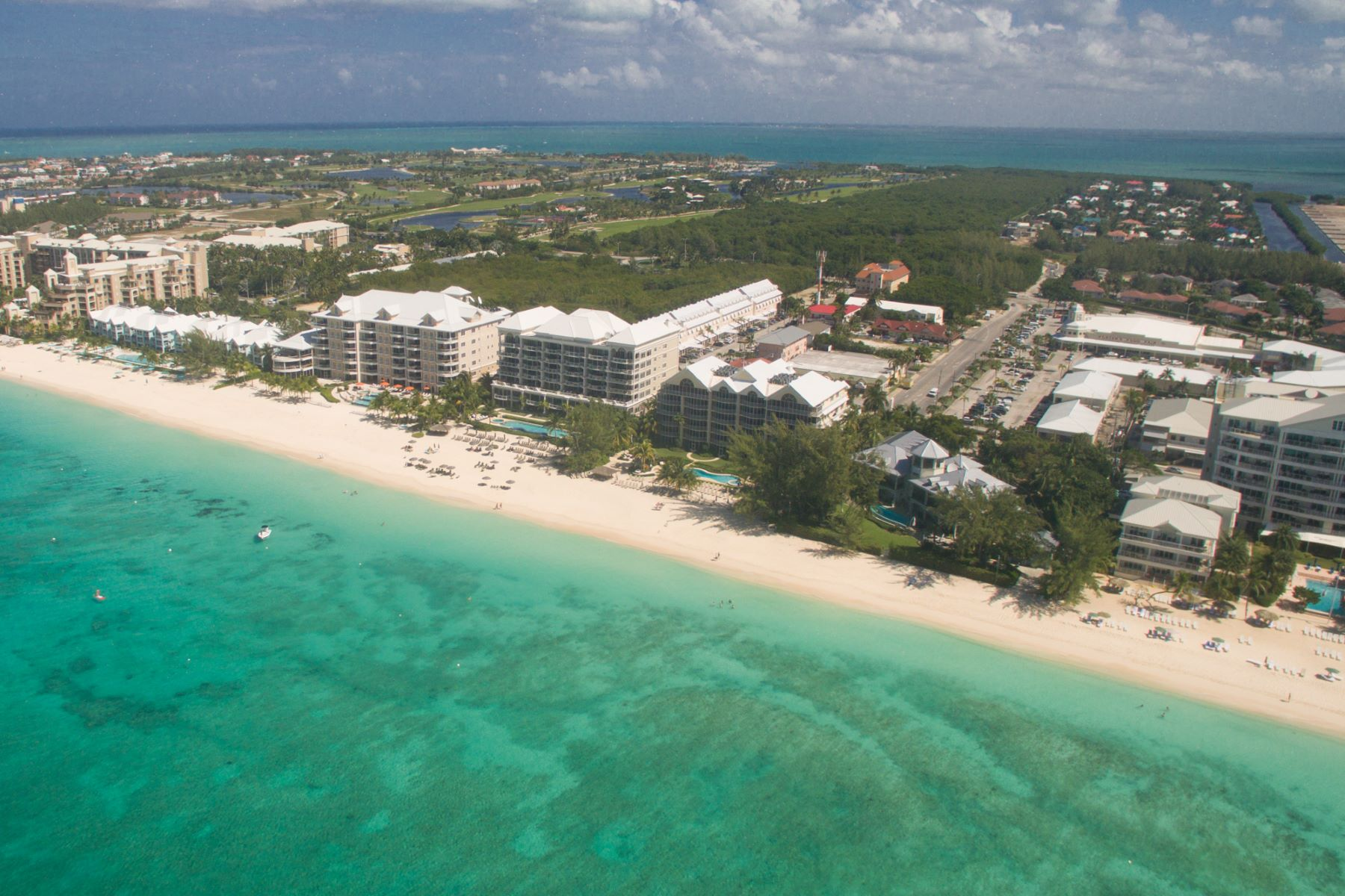 Additional photo for property listing at The Meridian Seven Mile Beach,  Cayman Islands