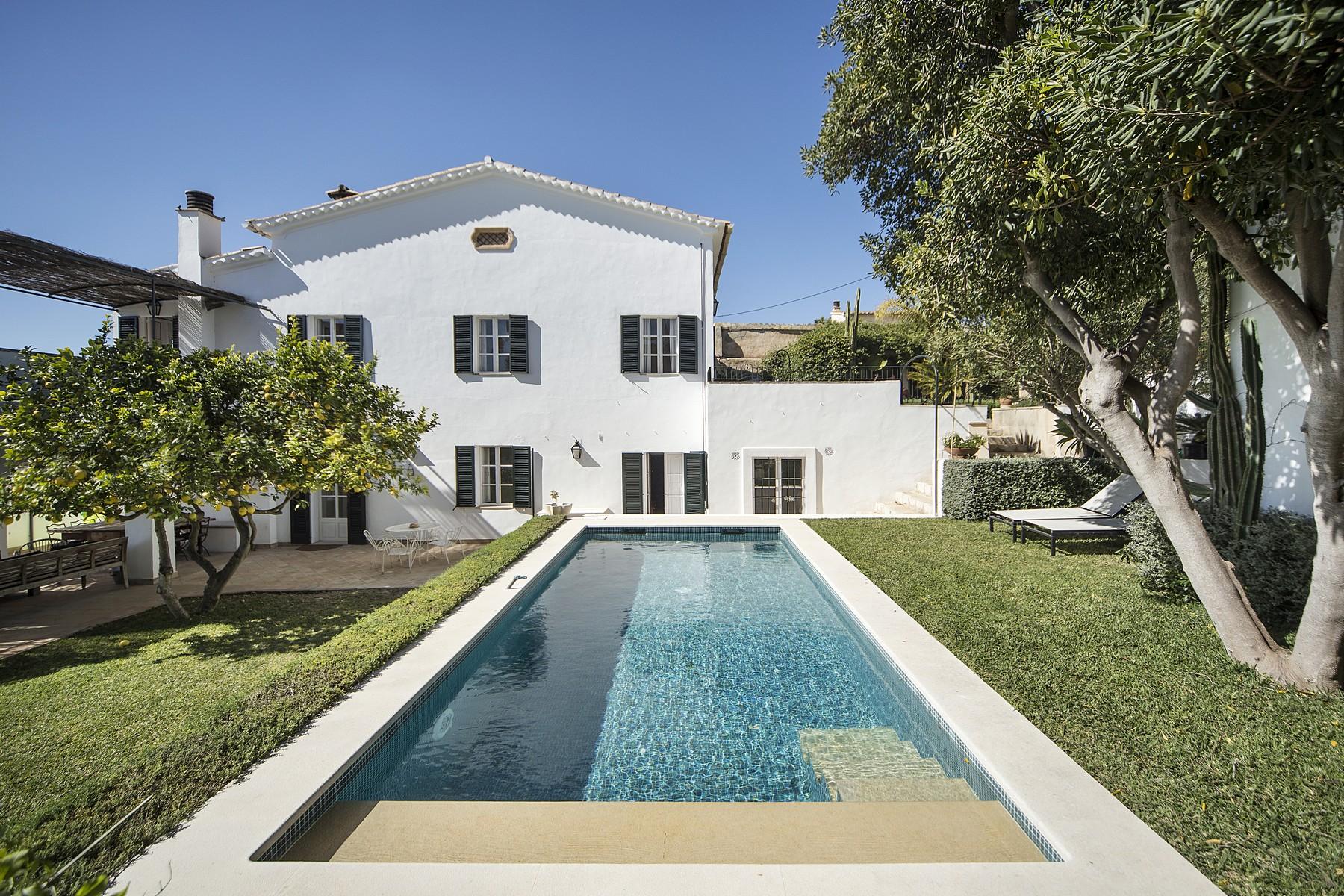 独户住宅 为 销售 在 Charming house with sea views in Bonanova 帕尔马, 马洛卡, 西班牙