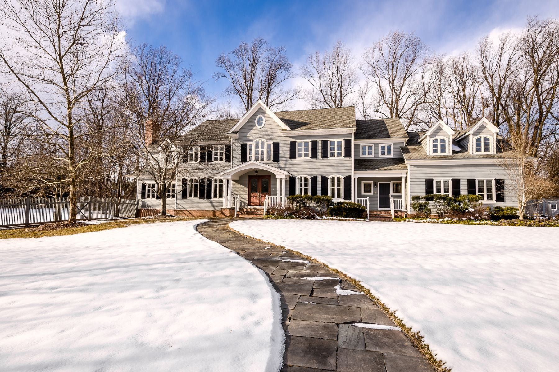 Villa per Vendita alle ore Timeless style & Luxury In Upscale Mt. Rose 18 Stout Road, Princeton, New Jersey 08540 Stati UnitiIn/In giro: Hopewell Township