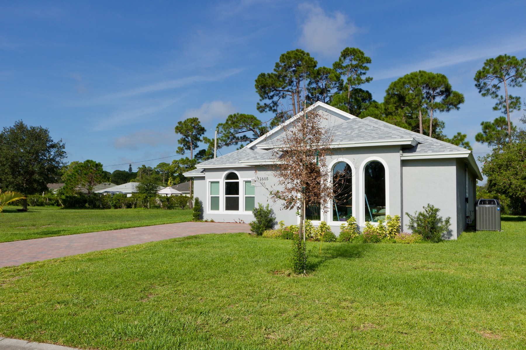 Property for Sale at Tucked Away on a Quiet Cul-De-Sac. 1630 16th Court SW Vero Beach, Florida 32962 United States