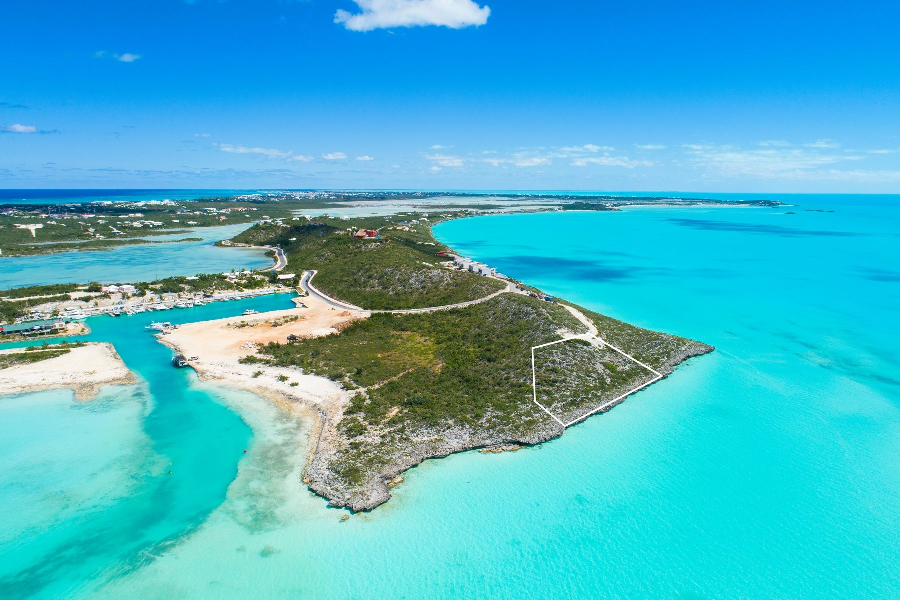 Additional photo for property listing at Headland Villas - Lot 2 Turtle Tail, Providenciales Îles Turques Et Caïques