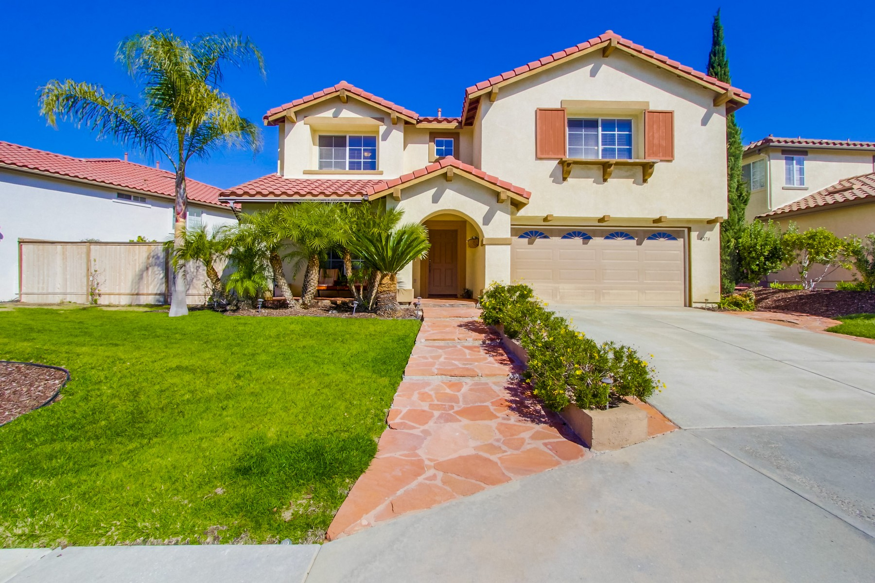 Single Family Home for Sale at 4274 Corte Verde Oceanside, California, 92057 United States