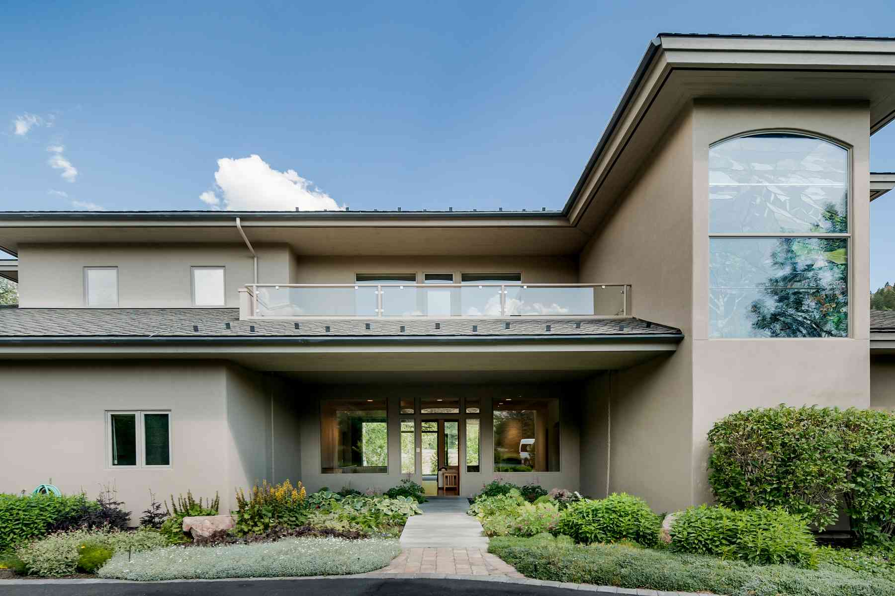 Additional photo for property listing at One of a kind Contemporary Home 205 Canyon Road Sun Valley, Idaho 83353 Estados Unidos