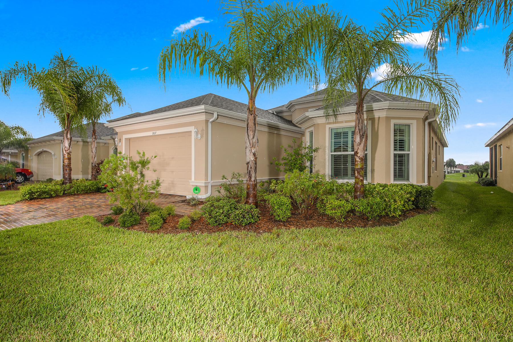 Single Family Homes por un Venta en VERONA 1807 Pacific Dunes Dr, Sun City Center, Florida 33573 Estados Unidos