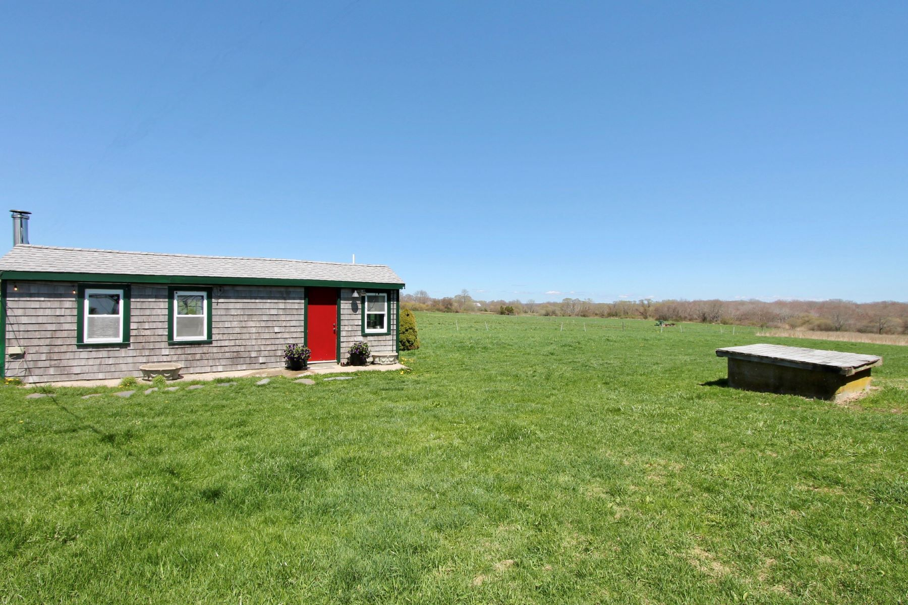 Additional photo for property listing at The Farm 902 Wapping Road Portsmouth, Rhode Island 02871 United States
