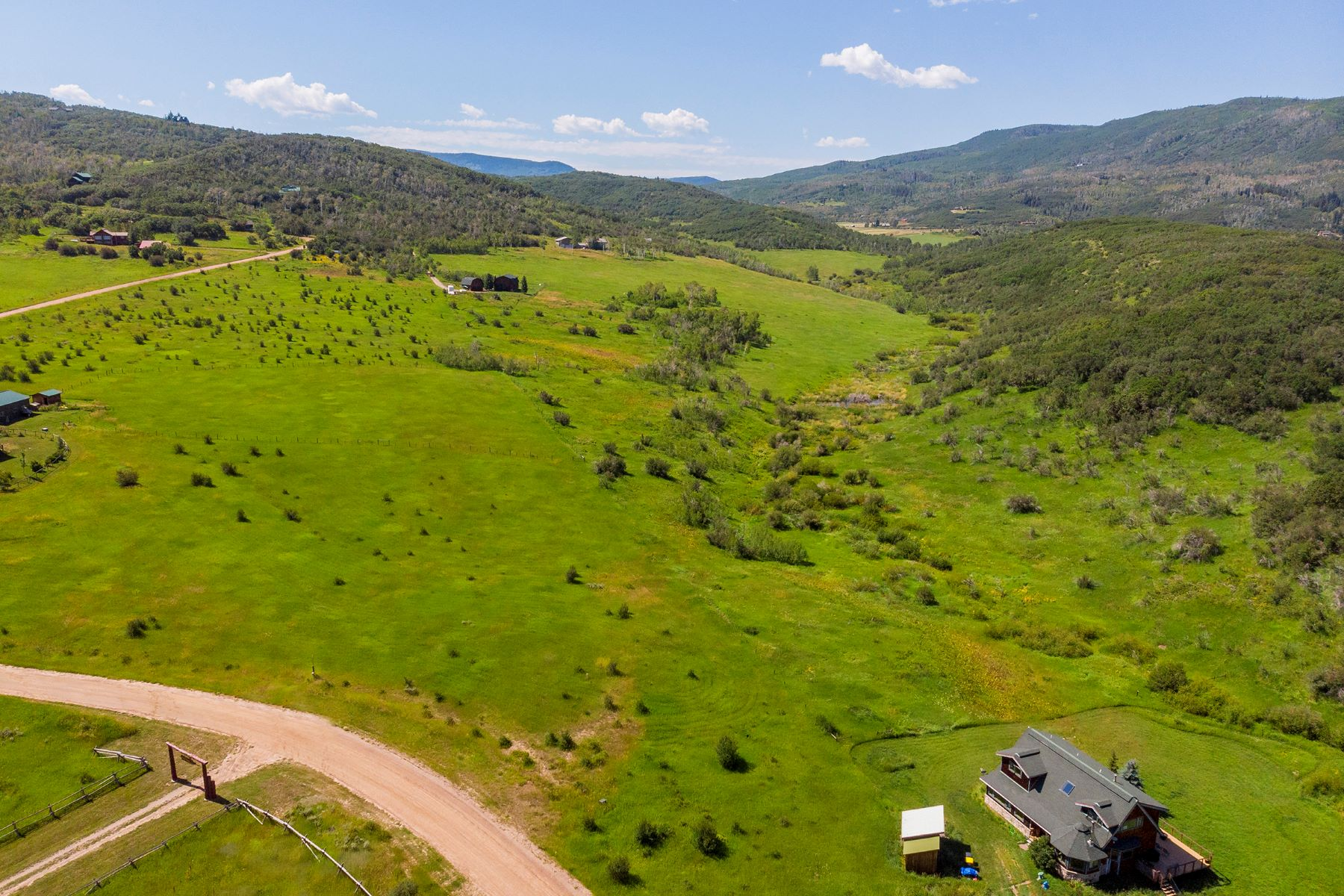 Land for Active at Sweeping Views Minutes from Steamboat 30370 Blacktail Ln Oak Creek, Colorado 80467 United States