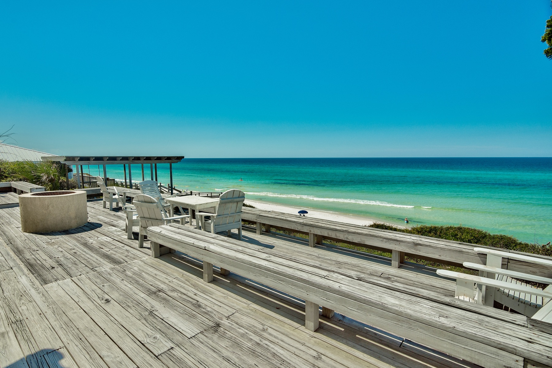 أراضي للـ Sale في RARE GULF FRONT PROPERTY WITH PRIVATE STAIRCASE LEADING TO BEACH 8186 E County Highway 30A Seacrest, Florida, 32461 United States