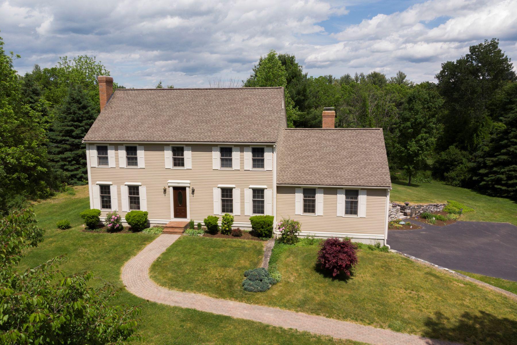Single Family Homes por un Venta en 67 Hartwell Avenue Littleton, Massachusetts 01460 Estados Unidos