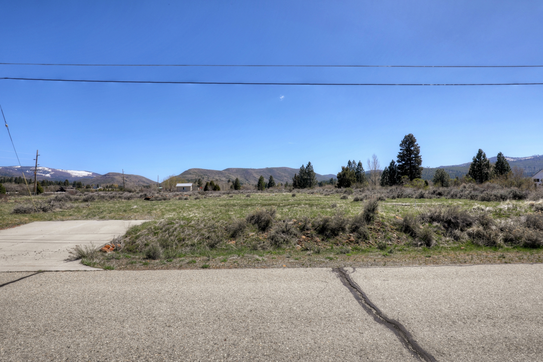Additional photo for property listing at 119 Smithneck and 440 Rancho Circle, Loyalton CA 96118 440 Rancho Circle 119 Smithneck 洛亚尔顿, 加利福尼亚州 96118 美国