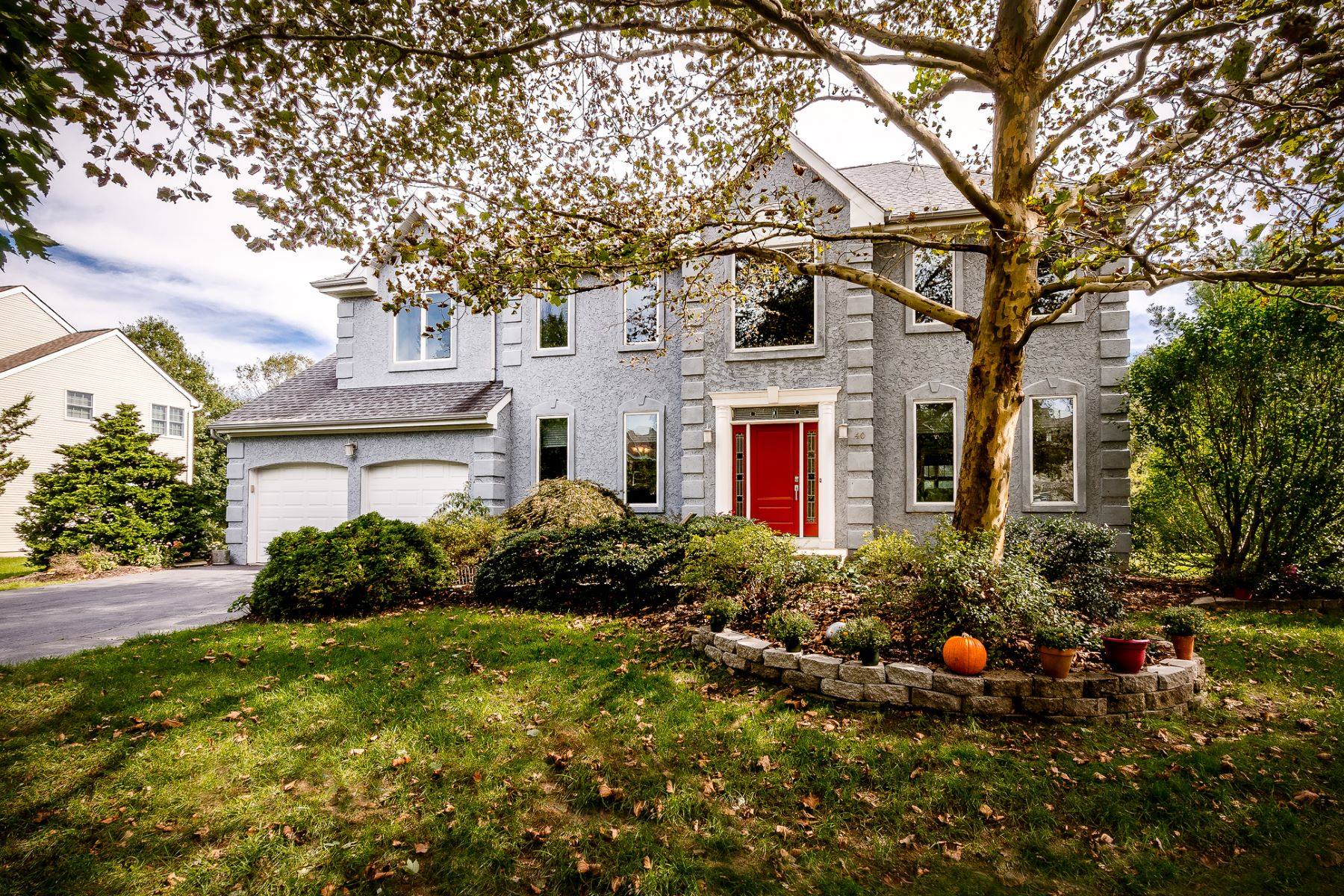 Single Family Home for Sale at Distinctive and Warm in Hunters Run 40 Spruce Street, Princeton Junction, New Jersey 08550 United StatesMunicipality: West Windsor Twp