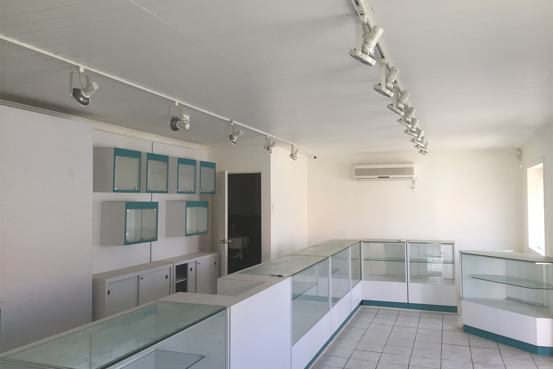 Commercial for Sale at Plasa Reina Wilhelmina Retail Spaces Kralendijk, Bonaire