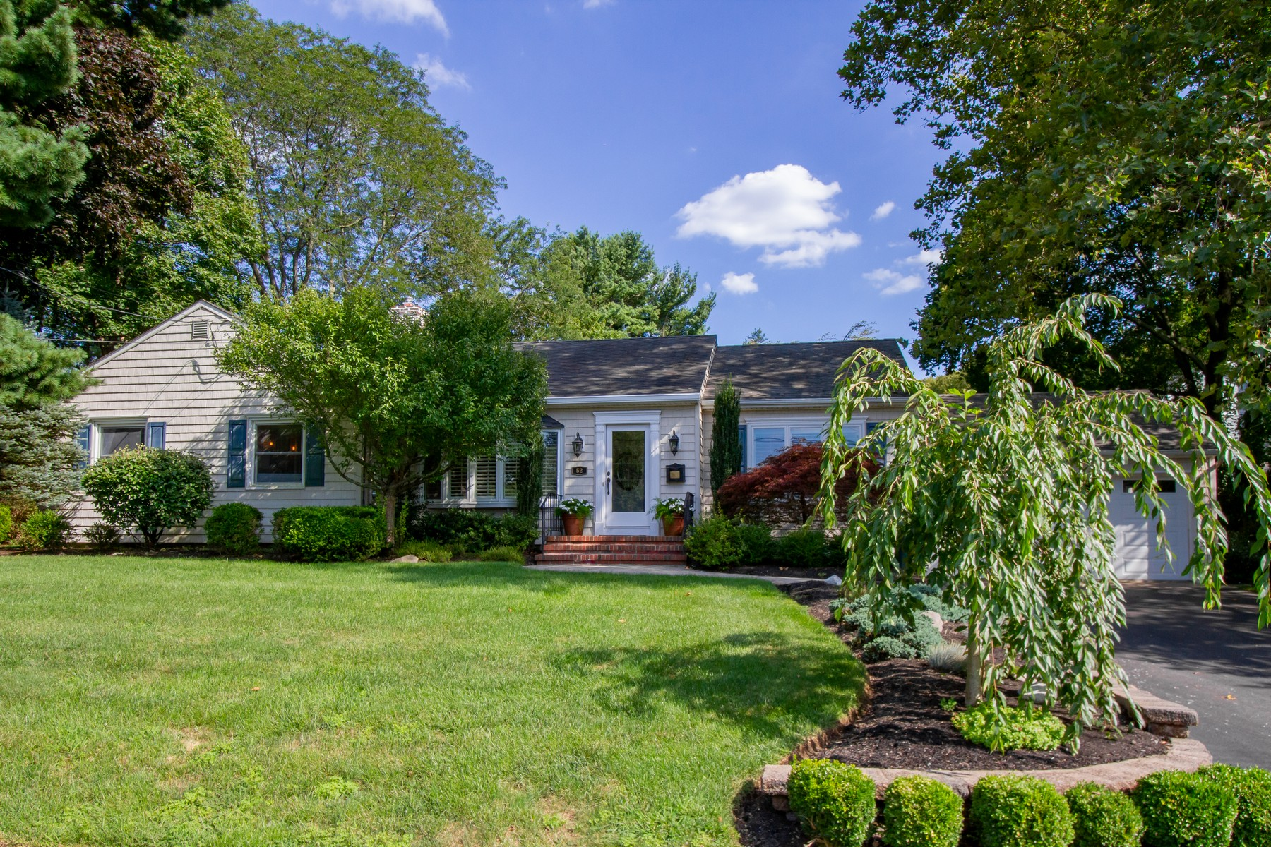Single Family Homes for Sale at Picture perfect Ranch 52 Hillcrest Ave Fair Haven, New Jersey 07704 United States