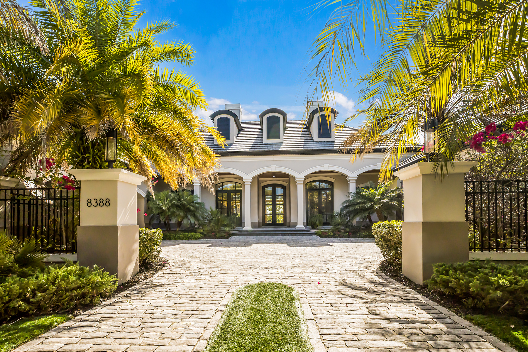 single family homes for Active at THE LAKE CLUB 8388 Catamaran Cir Lakewood Ranch, Florida 34202 United States