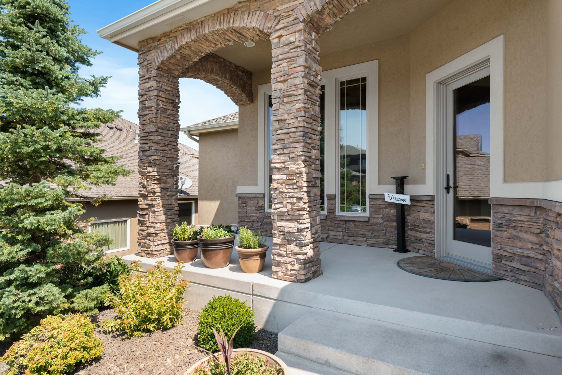 Single Family Homes for Sale at Gorgeous Views Overlook Canyon Lakes and the City 3806 West 47th Avenue Kennewick, Washington 99337 United States