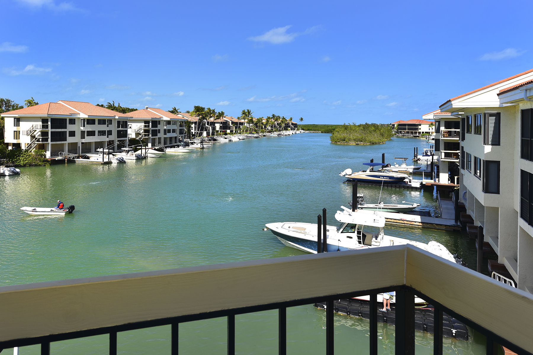 Кондоминиум для того Продажа на Fisherman's Cove Condominium at Ocean Reef 21 Fisherman's Cove, Unit B Key Largo, Флорида 33037 Соединенные Штаты