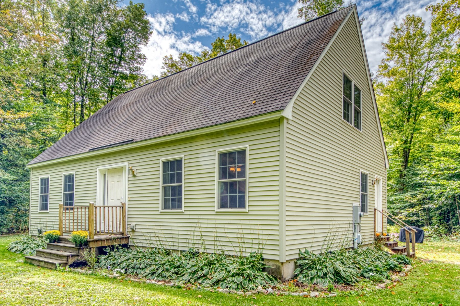 Single Family Homes for Sale at 1124 Cobble Road, Middlebury 1124 Cobble Rd Middlebury, Vermont 05753 United States