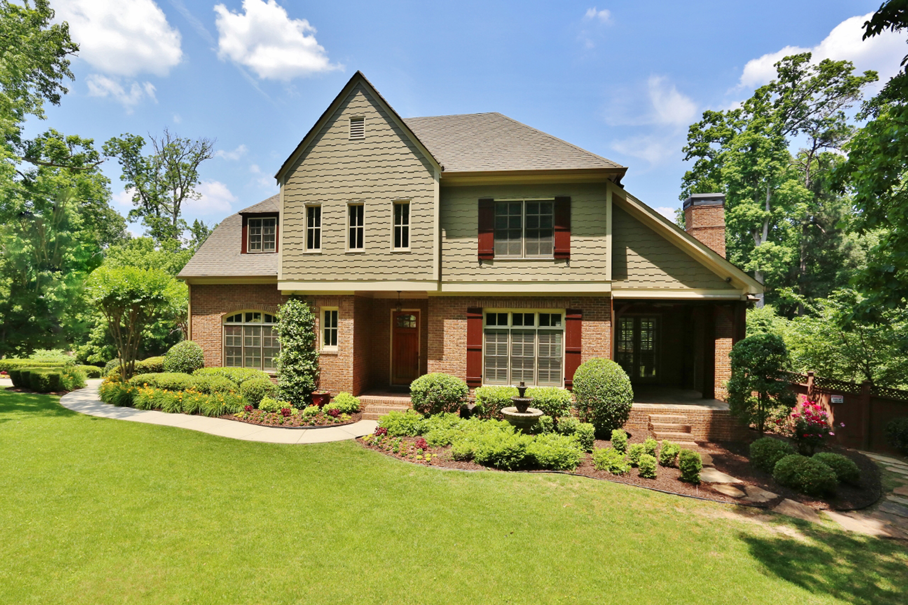 Single Family Home for Sale at An Elegant Oasis With Pool and Gardens In Brookhaven, Only Moments From Buckhead 1945 Woodsdale Road NE Brookhaven, Georgia 30324 United States